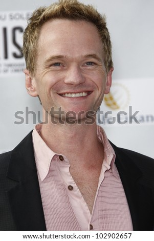 LOS ANGELES - SEPT 25: Neil Patrick Harris at the IRIS, A Journey Through the World of Cinema by Cirque du Soleil premiere at the Kodak Theater on September 25, 2011  in Los Angeles, California