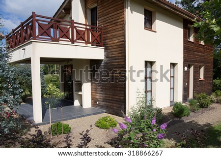 Lovely house with a garden