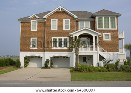 Home Suburbs Arched Entry Brown Cedar Stock Photo 62935258