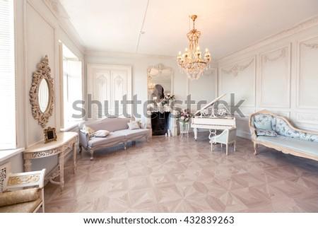 Luxury Light Interior Sitting Room Old Stock Photo 432839029 ...