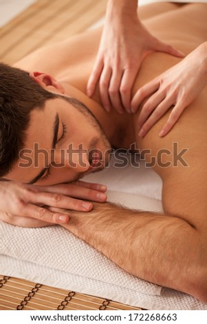 Man on massage.
