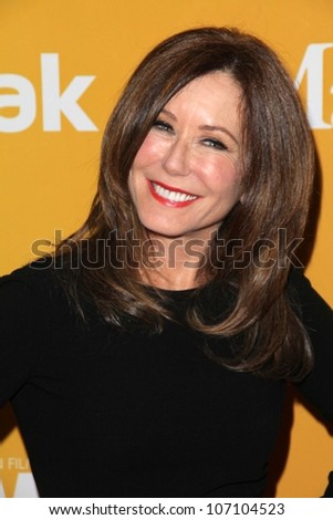 Mary McDonnell at the Women In Film Crystal + Lucy Awards 2012, Beverly Hilton Hotel, Beverly Hills, CA 06-12-12