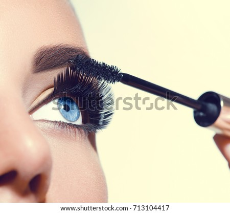 how to get long lashes with mascara