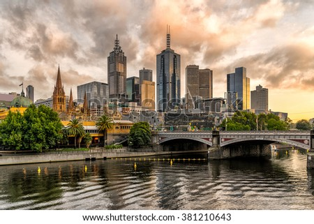 Melbournes from Southbank