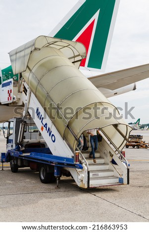 MILAN, ITALY - AUGUST 08: Airbus A319 of Alitalia at Milan Linate airport on August 08, 2014. Alitalia is the flag carrier and national airline of Italy.
