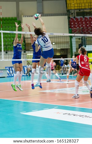 MILAN, ITALY  NOVEMBER, 24: V. Taborelli (16 SDB Scandicci) in Saugella Team Monza  SDB Scandicci   ( Italian Volley League A2) on November 24 , 2013 in Milan , Italy