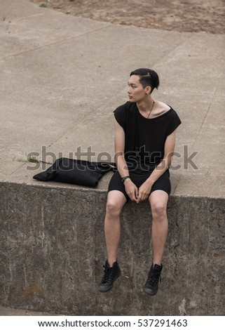 Minimal man fashion shooting outdoor
