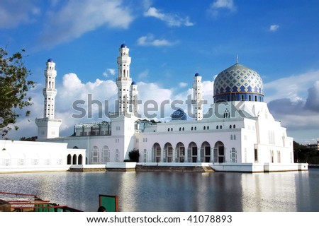 mosque on the water