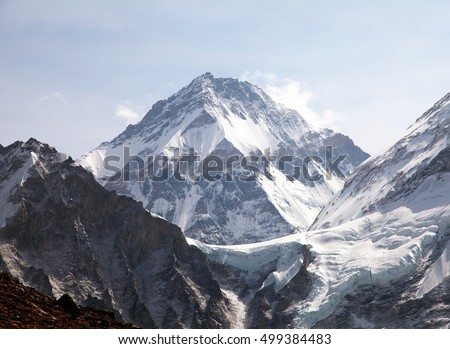 Mount Changtse, Tibetan mount near mt. Everest, Nepal