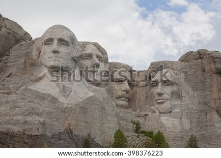 Mt Rushmore monument located in South Dakota.