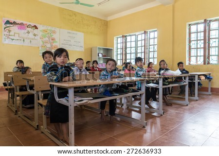 Mu Cang Cai, Vietnam - 12 Sep 2014 - Childrens learn the lesson in the school near Mu Cang Cai, Vietnam