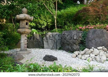 old jpanese garden stone lantern - Japanese Garden Stone Bridge