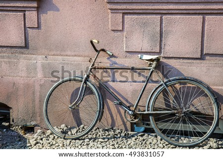 Old rustic bicycle