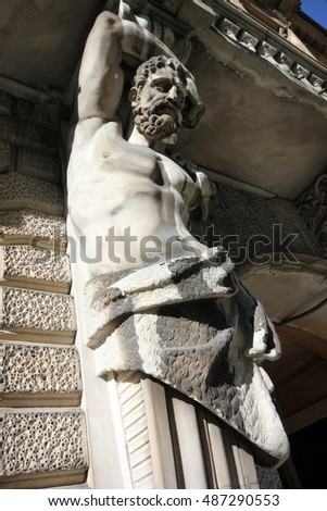 Old statue of the historic building in Saint Petersburg