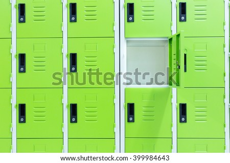 how to open a locker at the grange
