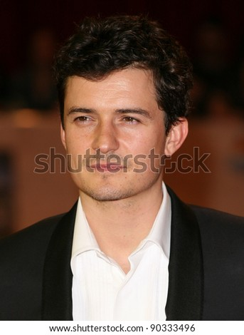 Orlando Bloom arriving for the UK Premiere of The Three Musketeers, at Westfield, London. 04/10/2011 Picture by: Alexandra Glen / Featureflash
