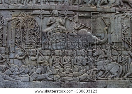 Outer gallery of Bayon showing a series of bas-relief depicting historical events and daily lives of Angkorian of that time. This carvings showing battles between probably Khmer and Cham
