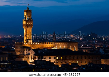 Palazzo Vecchio evening view in Autumn, Italy