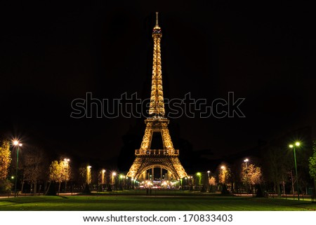 PARIS - CIRCA DECEMBER 2013 - PARIS - CIRCA DECEMBER 2013 - Eiffel Tower lit up at night