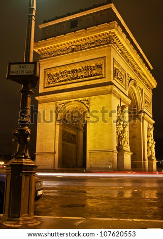 Paris's L'Arc de Triomphe and Place Charles de Gaulle