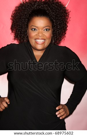 PASADENA, CA - JAN 13:  Yvette Nicole Brown arrives at the NBC TCA Winter 2011 Party at Langham Huntington Hotel on January 13, 2010 in Pasadena, CA