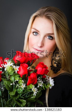 perfect blonde celebrate with red roses