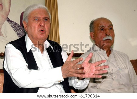PESHAWAR PAKISTAN-SEPT 25: Chairman of Pakistan People's Party (S) Aftab Ahmad Khan Sherpao addresses a press conference at Peoples House hayatabad  on Saturday Sept 25, 2010 in Peshawar, Pakistan.
