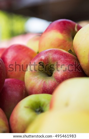 Pile of apples.