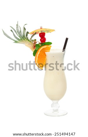Pina colada cocktail made of 2 oz rum,5 oz pineapple juice (blended),1 tbsp cockonut cream