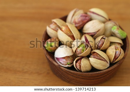 how to open pistachios that are closed
