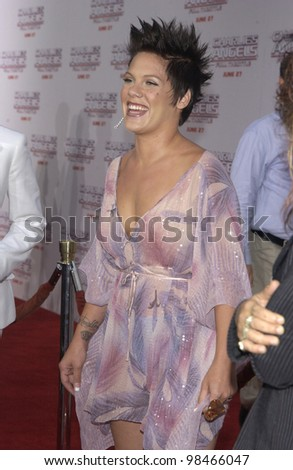 Pop star PINK at the Hollywood premiere of Charlie's Angels: Full Throttle. June 18, 2003  Paul Smith / Featureflash
