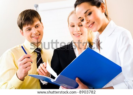 essay on a sucessful business person There's no single formula for success but these traits are the core dna of every successful person.