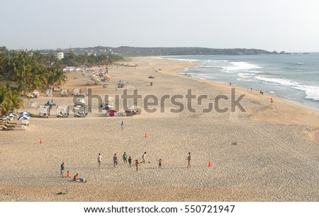 Puerto Escondido's Playa Zicatela is reportedly one of the finer surfing beaches in southwestern Mexico. Its northern portion is where most beach side hotel are located.