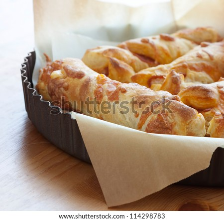Puff pastry cheese bread