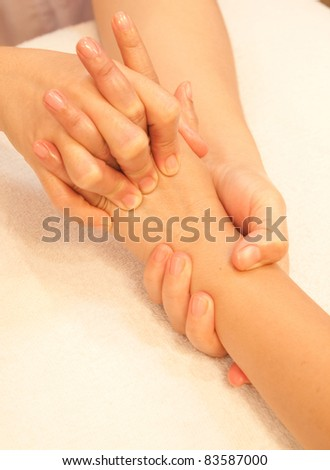asiatisk massage gold hand thai massage