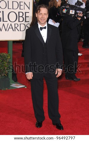 RUSSELL CROWE at the 63rd Annual Golden Globe Awards at the Beverly Hilton Hotel. January 16, 2006  Beverly Hills, CA  2006 Paul Smith / Featureflash