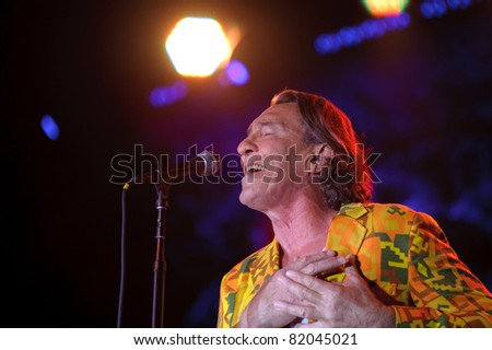 SACRAMENTO, CA - JULY 29: Fee Waybill of The Tubes performs at Thunder Valley Casino and Resort in Lincoln, California on 29, 2011