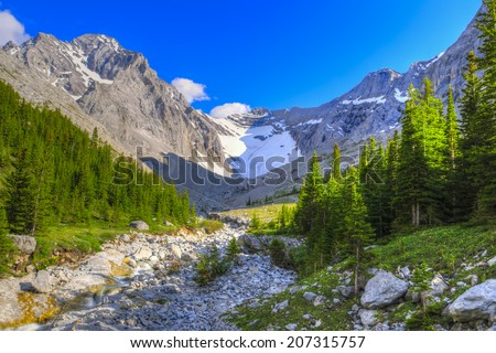 Scenic mountain hiking views, Rae Glacier and Elbow Lake area, Peter Lougheed Provincial Park, Alberta Canada