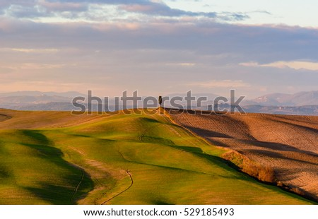 Scenic sunset in the tuscan countryside