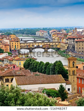 Scenic view of the city of Florence and the Arno River, in Italy.