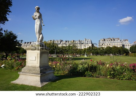 Sculpture and statues in Garden of Tuileries. (Jardin des Tuileries) . Paris. France