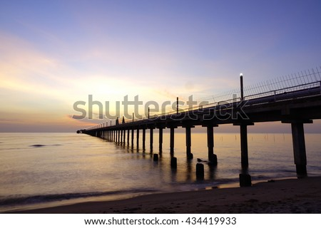 Vasco da gama bridge sunrise lisbon stock photo 443676451 for Seaview fishing pier