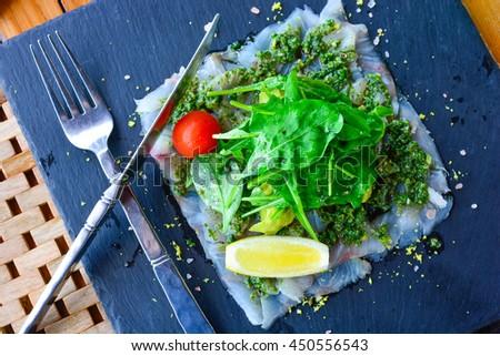 how to make mashed avocado salad