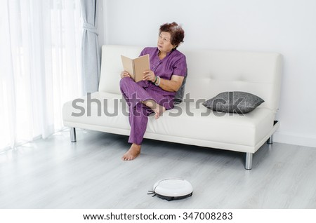 Man cleaning home broom stock photo 519407410 shutterstock for Modern cleaning concept
