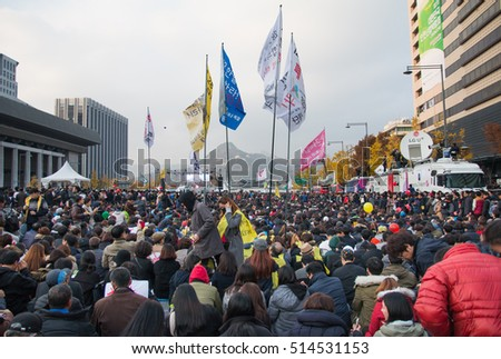 Seoul, South Korea, Nov 12th 2016: Hundreds of thousands of people gathered at a rally  to demand the ouster of President Park Geun-hye.