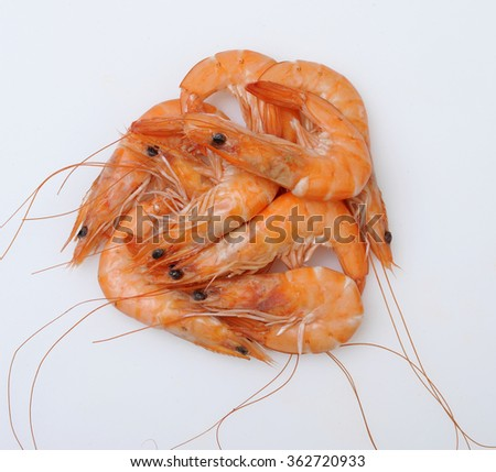 shrimp isolated: Tiger shrimps. Prawns with isolated on a white background. Seafood