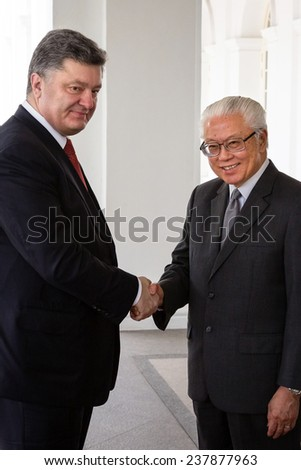 SINGAPORE - DECEMBER 9, 2014: President of Ukraine Petro Poroshenko during an official meeting with the  President of Singapore Dr Tony Tan Keng Yam in Singapore