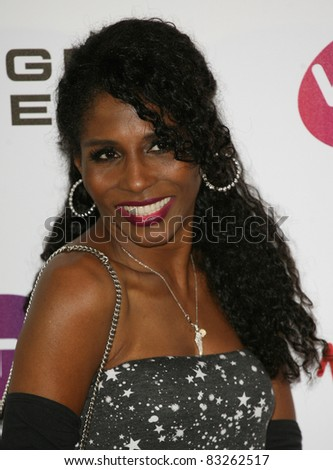 Sinitta arriving for the Pre Wimbledon Party, Kensington Roof Gardens, London. 16/07/2011  Picture by: Alexandra Glen / Featureflash