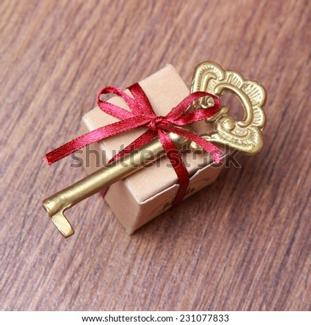 small gift box and vintage key on Holiday theme/Vintage gift box (package) & Small Gift Box Vintage Key On Stock Photo 166078970 - Shutterstock Aboutintivar.Com