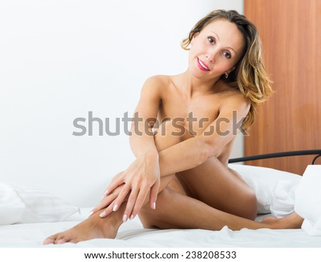 middle aged women pregnant nude photo